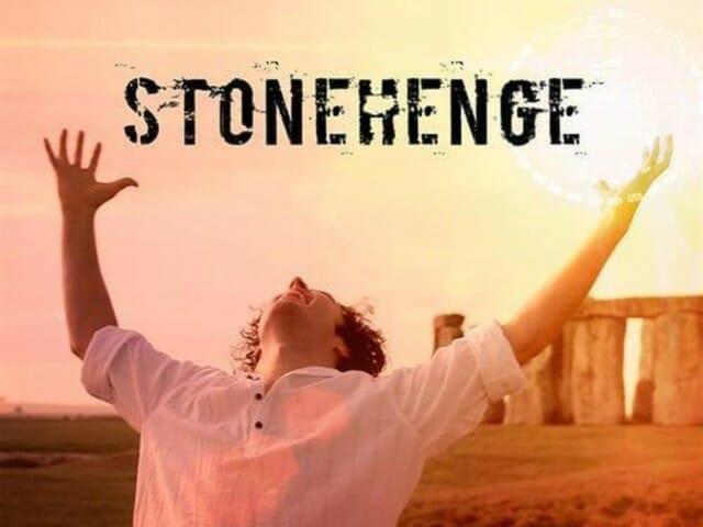 Tekst i tłumaczenie piosenki Stonehenge Ylvis