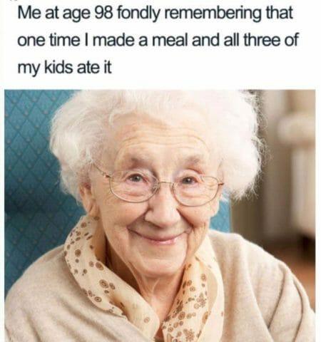 starość, memy o rodzicielstwie dzieciach i rodzicach po angielsku, babcie