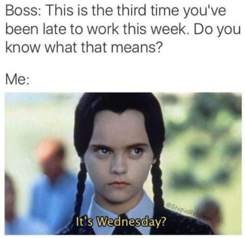 przepraszam za spóźnienie do pracy po angielsku środa